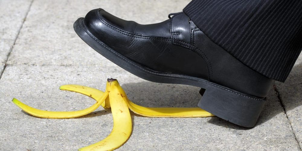 man slips on bananna general liability